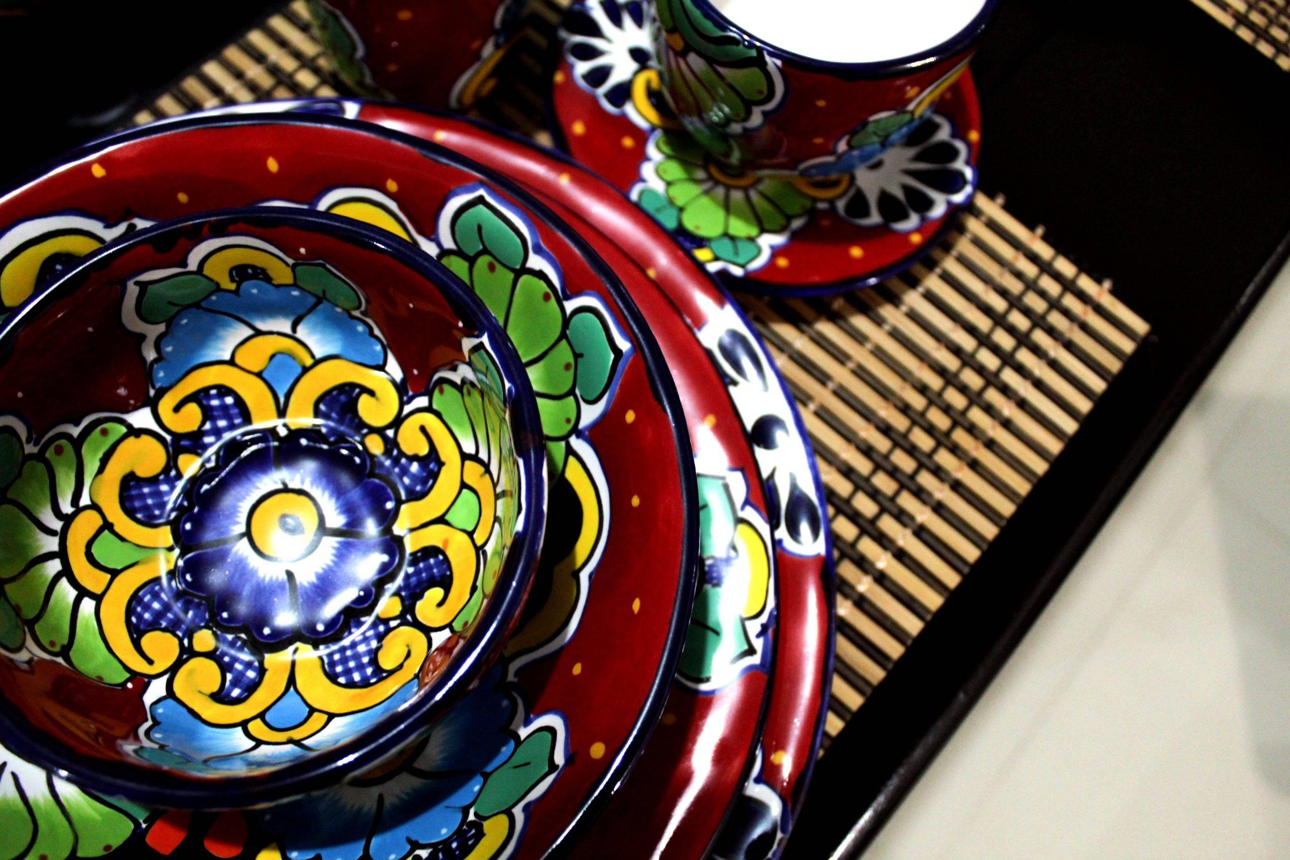 LEON-Handmade mexicain Céramique TALAVERA Large 10.5 cm dalle éthiquement Sourced